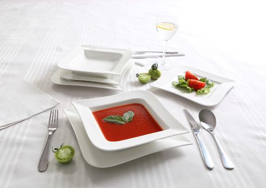 AMBITION Komplet obiadowy 18 elementów FALA