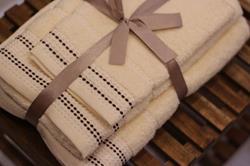 Komplet waniliowych ręczników,...